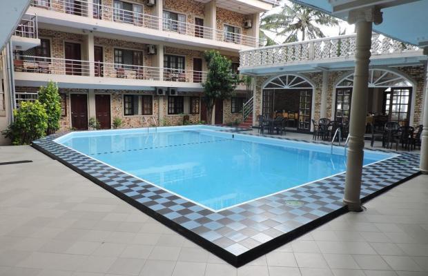 фото отеля Oasis Beach Resort изображение №1