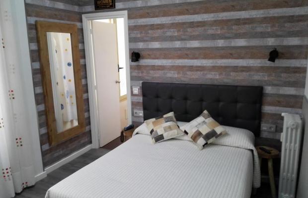 фотографии отеля Hostal Lauria изображение №7