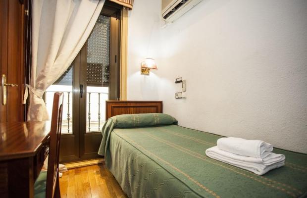 фотографии отеля Pension Carrera изображение №7