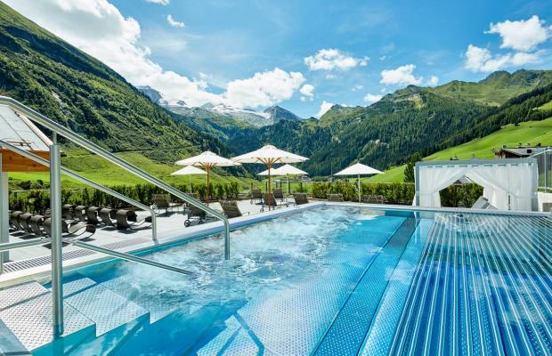 фотографии отеля Hotel Berghof Crystal Spa & Sports изображение №27