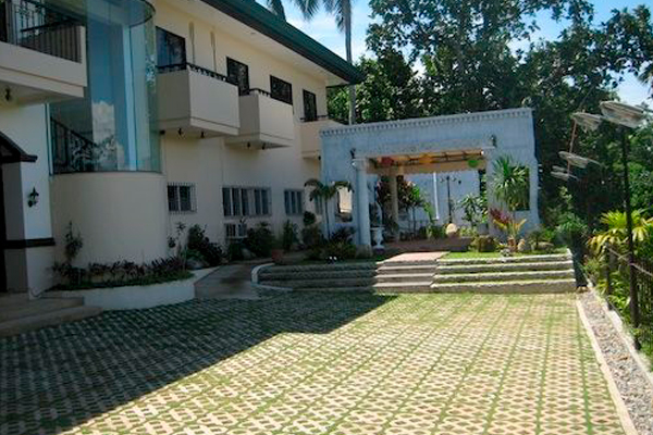 фото отеля Davao Eagle Ridge Resort изображение №5