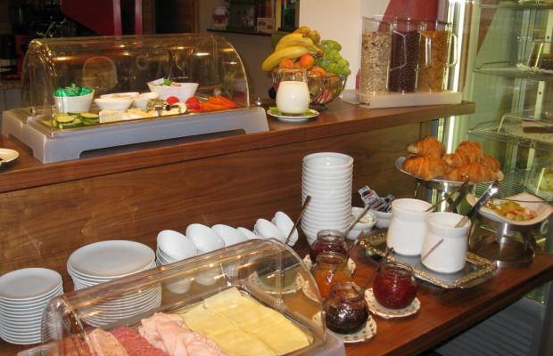 фотографии отеля EB Hotel Garni изображение №7