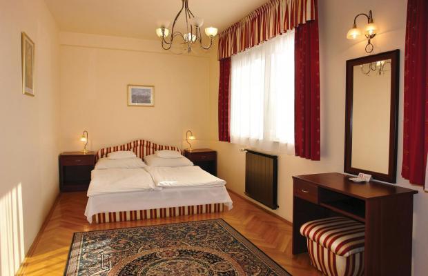 фотографии отеля Korona Etterem Panzio изображение №27