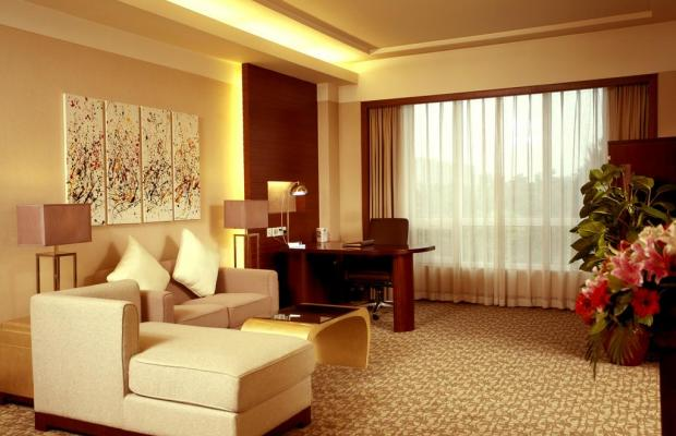 фотографии отеля Wyndham Beijing North (ex.The Loong Palace Hotel & Resort; Crowne Plaza Hotel North Beijing) изображение №3
