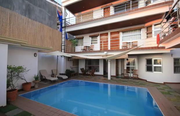 фото отеля Blue Waves Westcliff Villa изображение №1