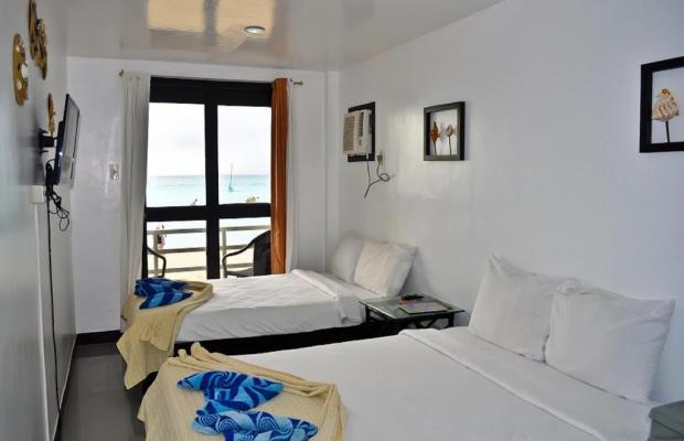 фото отеля The Beach House Boracay изображение №13