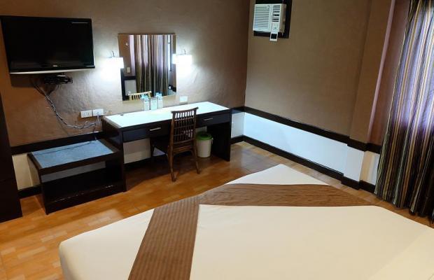фотографии отеля Holiday Spa Hotel изображение №19