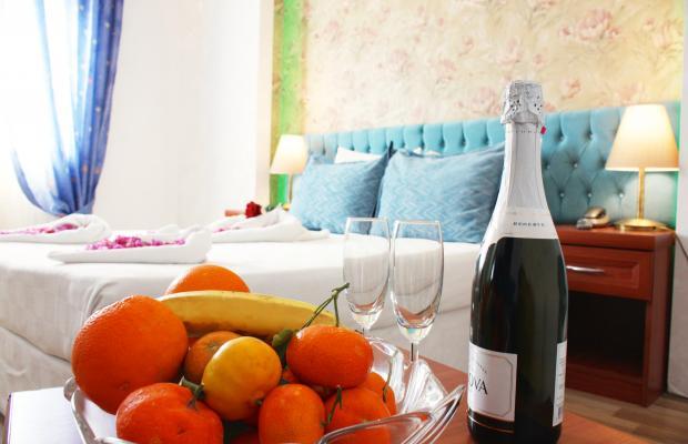 фотографии Life Hotel & Restaurant изображение №16