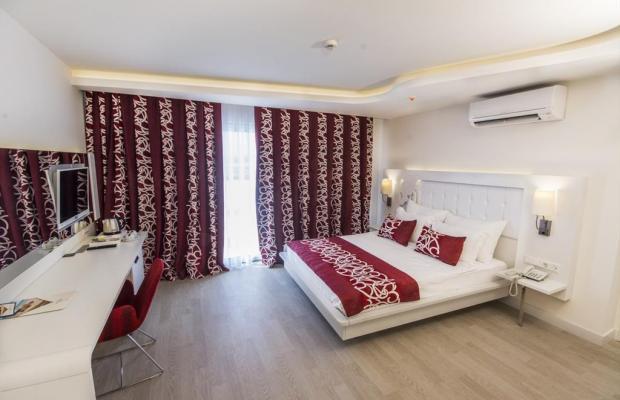 фото отеля Laguna Beach Alya Resort & Spa изображение №37