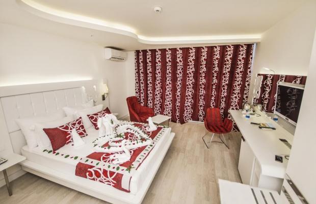 фото отеля Laguna Beach Alya Resort & Spa изображение №21