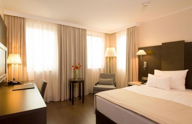 фотографии отеля NH Danube City (ex. Crowne Plaza Vienna) изображение №27