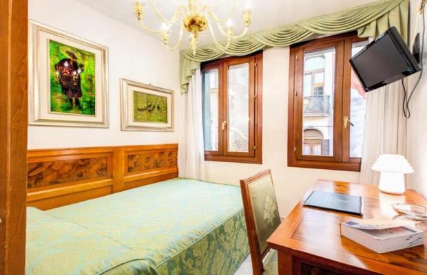 фотографии Antica Casa Carettoni изображение №16