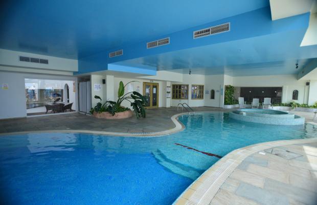 фото отеля Golden Coast Beach Hotel изображение №17