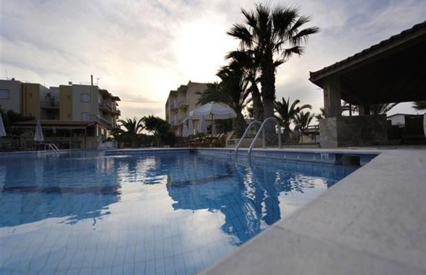 фотографии отеля Klonos Kyriakos изображение №15