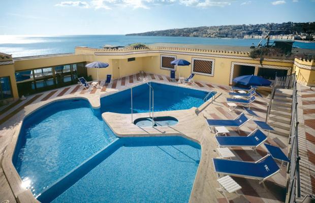 фото отеля Royal Continental Naples изображение №1
